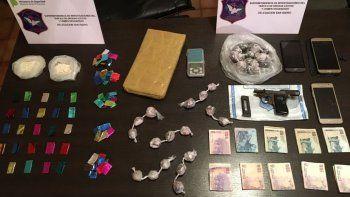insolito: quisieron comprar droga en medio de un operativo
