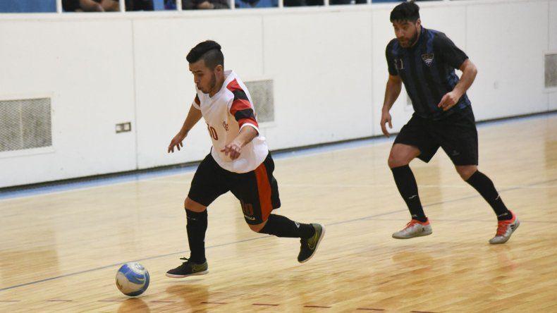 El torneo Clausura de fútbol de salón continuará esta tarde con más partidos en Comodoro Rivadavia.