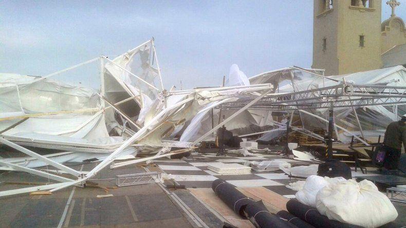 El viento voló y destrozó una carpa estructural en Diadema Argentina