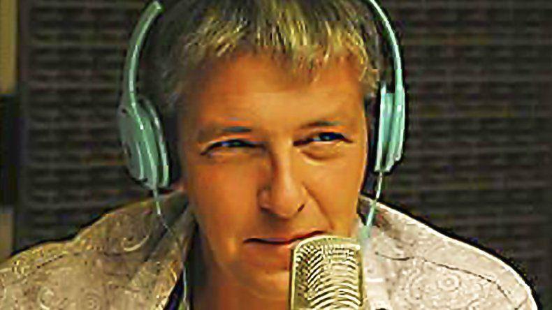 Fabián Arienti y una de sus grandes pasiones: la radio.
