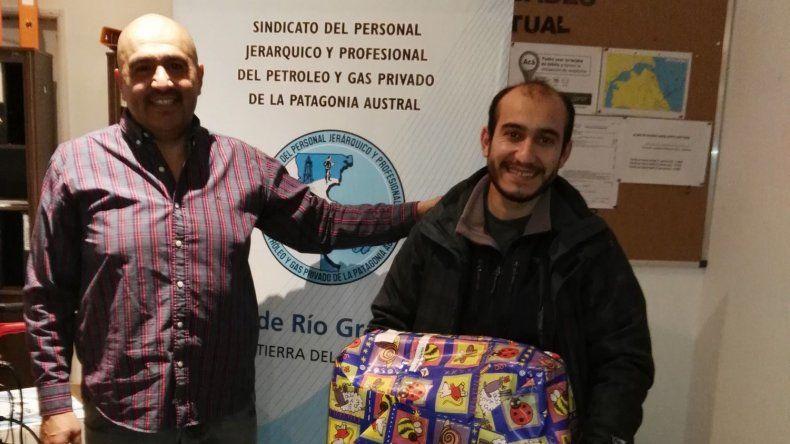 Petroleros Jerárquicos entregó regalos para hijos de sus afiliados en Río Grande