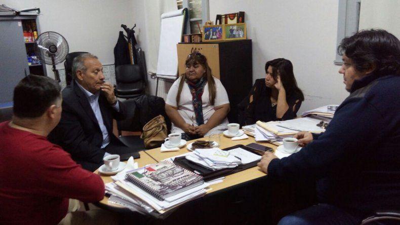 Carrizo se reunió con el ministro de Salud Ignacio Hernández