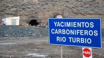 importantes danos tras derrumbe en la mina de ycrt
