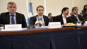 Integrantes de los ministerios de Hacienda y Finanzas explicaron el Presupuesto 2018 en la Cámara de Diputados.
