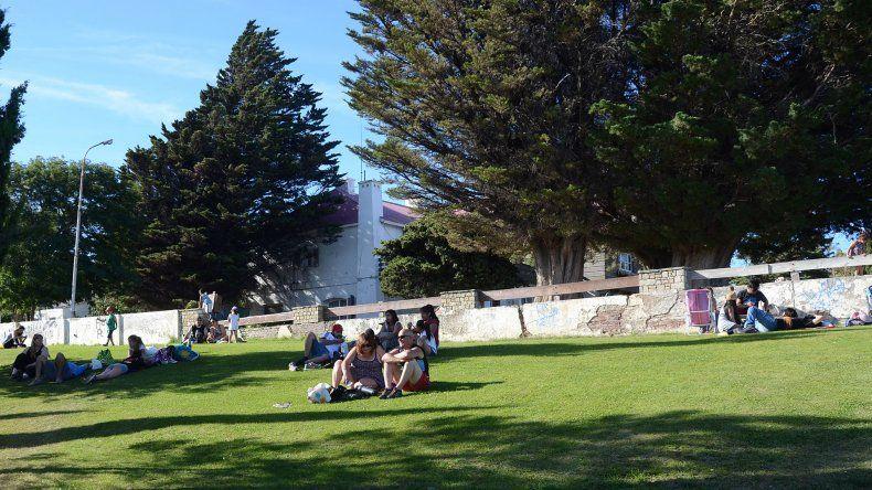 Mañana reabre el parque del Chalet Huergo