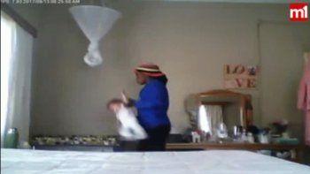 filman a ninera maltratando a una beba de nueve meses