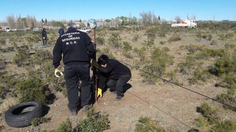 El personal municipal fue amenazado cuando recuperaba un terreno usurpado.