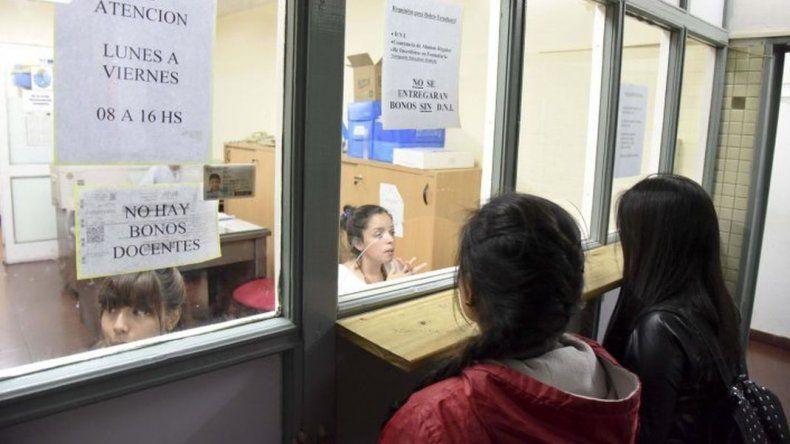 Estudiantes universitarios marcharán para pedir garantías por el TEG