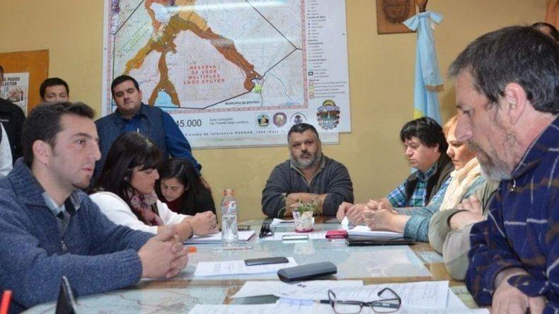 Fue aceptada la renuncia del intendente de El Hoyo