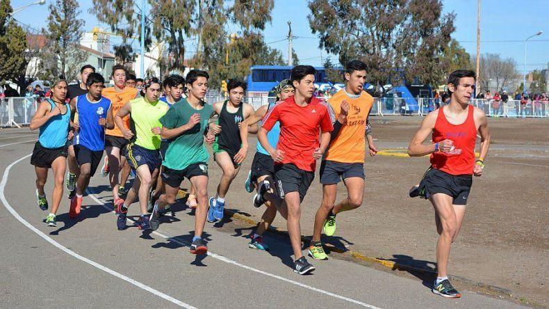 Los jóvenes atletas chubutenses están listos para el viaje que realizarán el domingo a Chile.