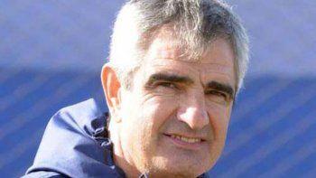 Pedro Larraquy observará futbolistas en Comodoro Rivadavia.