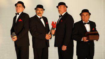 El Club de Caballeros presentará Rotos de amor en Comodoro Rivadavia, luego de nueve funciones en la Comarca Virch–Valdés.