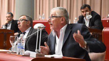 Jerónimo García ocupando ayer su rol de diputado provincial