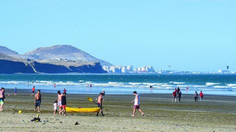 Juncos confirmó que luego del temporal la playa está apta para su uso recreativo