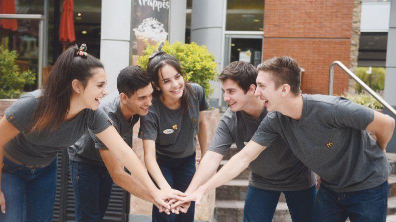 Empresas ante el desafío de integrar jóvenes al mercado laboral