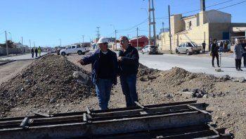 El intendente Carlos Linares inauguró ayer obras de pavimento en la avenida Chile.