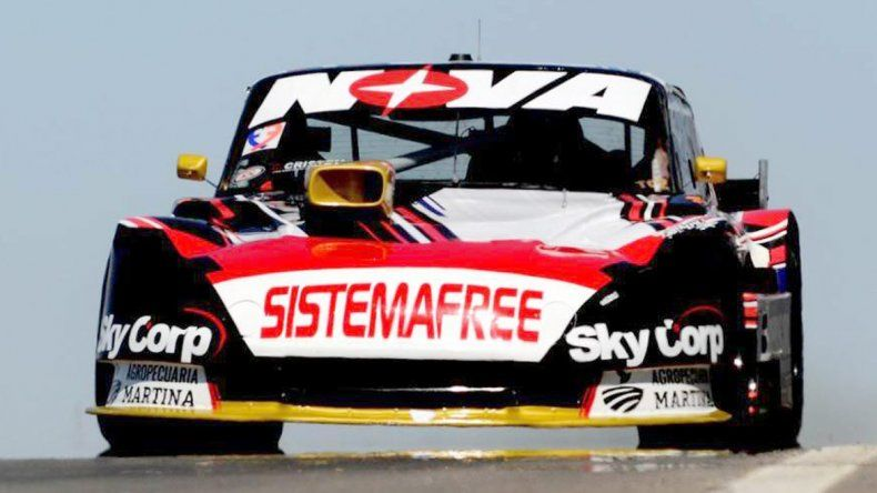 Matías Rossi se quedó ayer con el mejor el mejor tiempo en el Turismo Carretera.