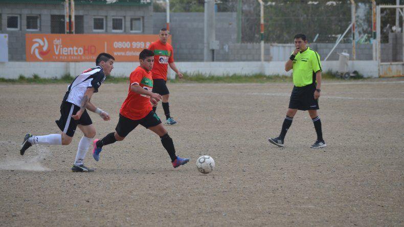 Deportivo Portugués volvió a defender con éxito su localía al imponerse por 4-1 sobre Nueva Generación.