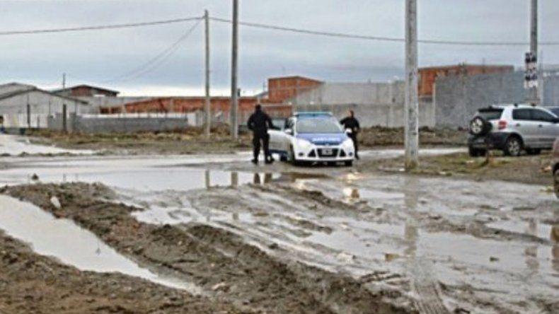 Una comisión policial permaneció hasta el viernes frente a la casa del barrio periférico de Río Gallegos