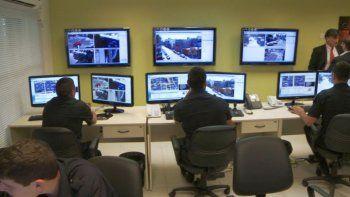 continuan los trabajos para poner en funcionamiento el centro de monitoreo