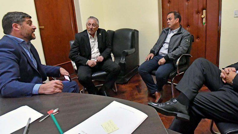 Los ministros de Salud y Coordinación de Gabinete