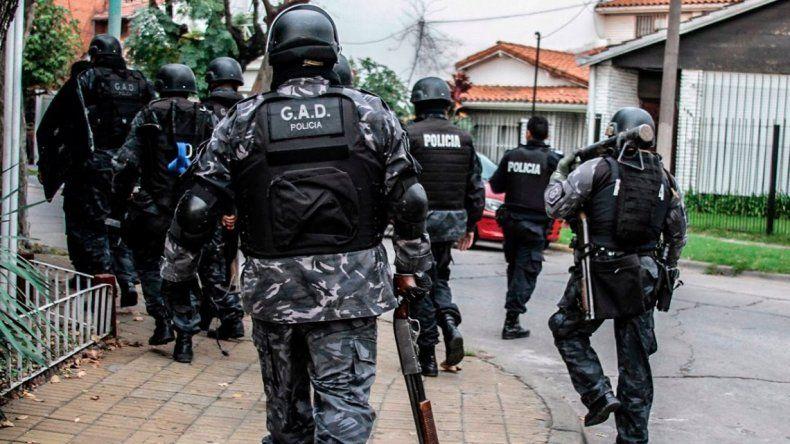 Investigan el robo de un arsenal de un grupo táctico de la Policía Bonaerense