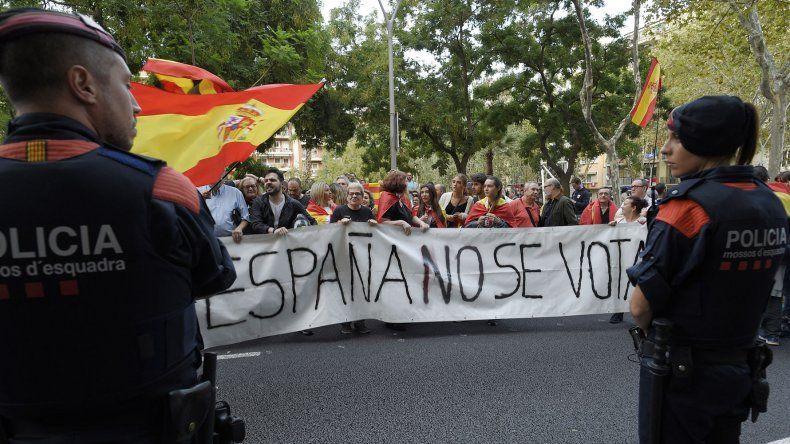 El Gobierno español ahora avanza contra las organizaciones que participan del referéndum