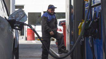Se suspendió la suba en las naftas