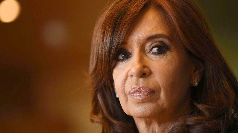 Cristina Fernández consideró que ella es la dirigente que puede hacer la oposición más firme al gobierno de Mauricio Macri.