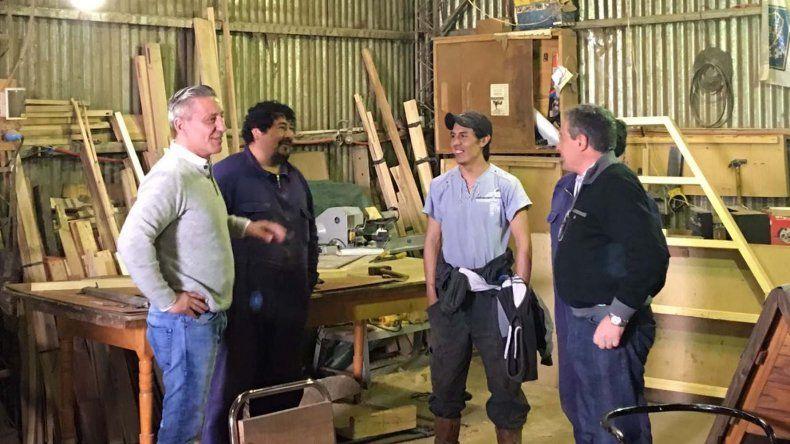 Arcioni visitó la Cooperativa y el Cuartel de Bomberos de Río Pico