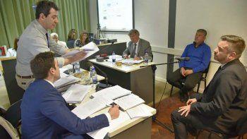 El exgerente de Lotería, Alberto Vargas, ayer fue absuelto por el tribunal que lo enjuició en Rawson.