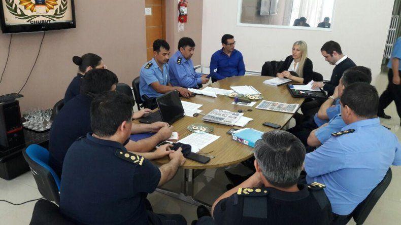 Los jefes de Unidad Regional y diputados trataron la reforma del Código Contravencional.