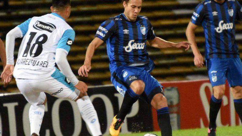 Atlético Tucumán y Belgrano igualaron sin goles