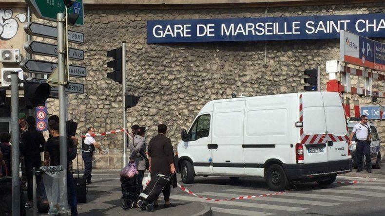 Presunto ataque terrorista en Marsella: hay tres muertos