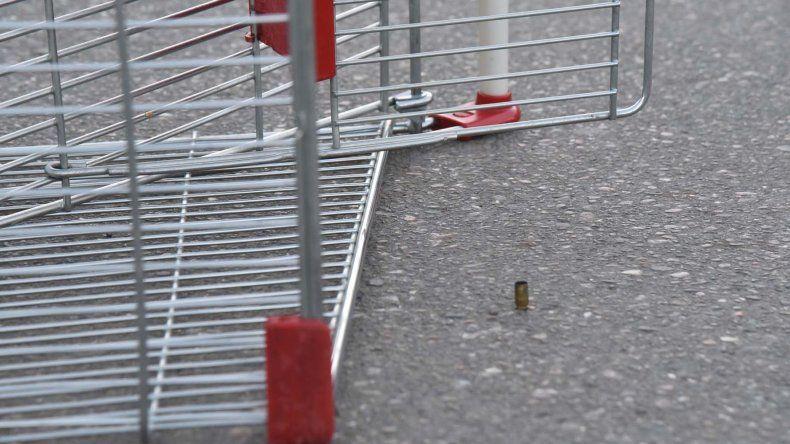 A ocho días del ataque armado en el estacionamiento del supermercado