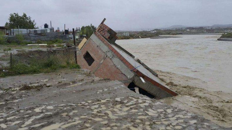 Linares participará hoy de la licitación de viviendas para damnificados del temporal