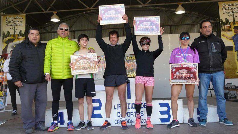 Los ganadores del Cross que se llevó a cabo el último domingo en la provincia de Santa Cruz.