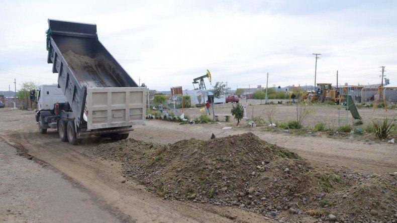 Las tareas de reparación de la calzada también se extiende a los barrios de la zona norte.