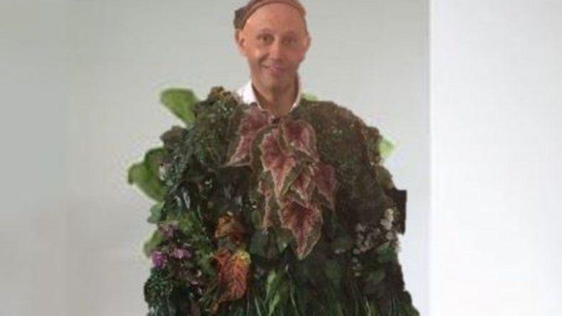 El ministro Bergman adelantó cuál será su próximo disfraz