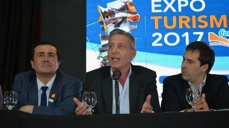 En la inauguración de la Expo también hubo críticas para el Gobierno nacional por dejar de lado obras que potenciarían el turismo regional.