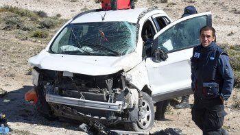 La conductora de la EcoSport volcó en Cañadón Ferrays y sufrió fracturas