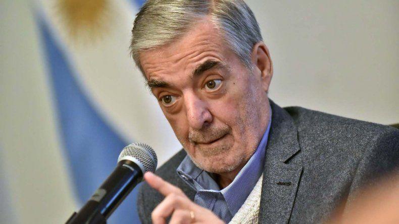 Gobernador Das Neves: no se trata de pelearse por pelearse.