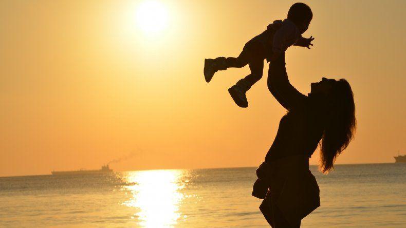 ¿Cuándo cae el Día de la Madre este año?