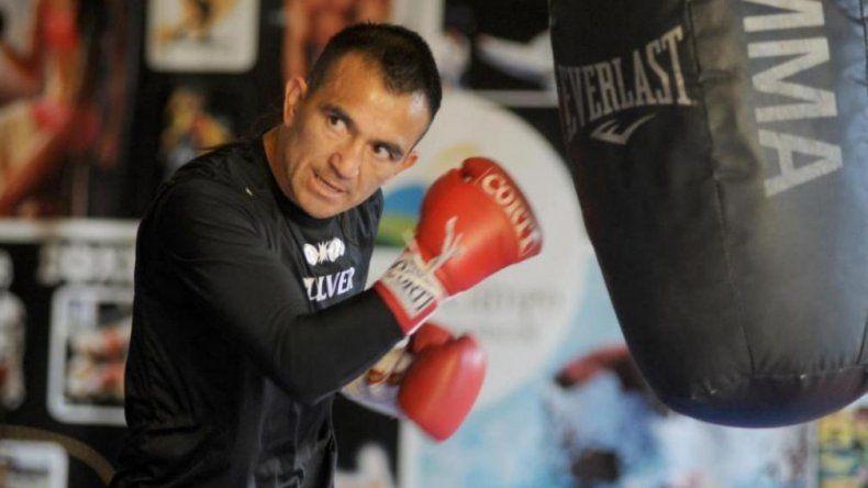 El trelewense Omar Narváez llevará a cabo un entrenamiento público de cara al combate que sostendrá el sábado con el ruso Nikolai Potapov.
