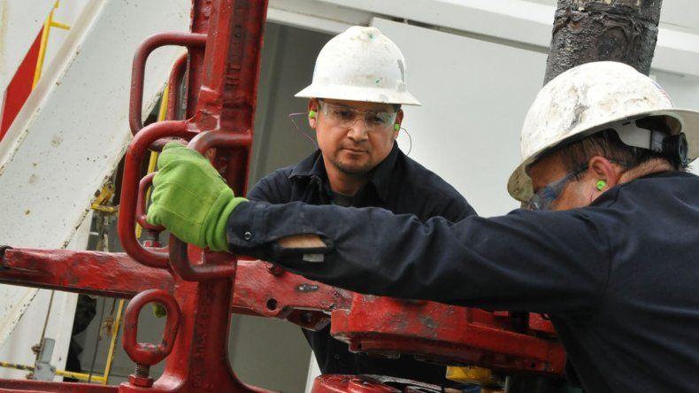 En julio la producción petrolera en el país cayó un 7