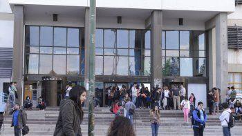 manana se renuevan las autoridades de la universidad