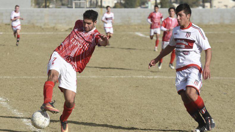 Huracán intentará arrancar con el pie derecho cuando reciba al difícil Deportivo Roca.