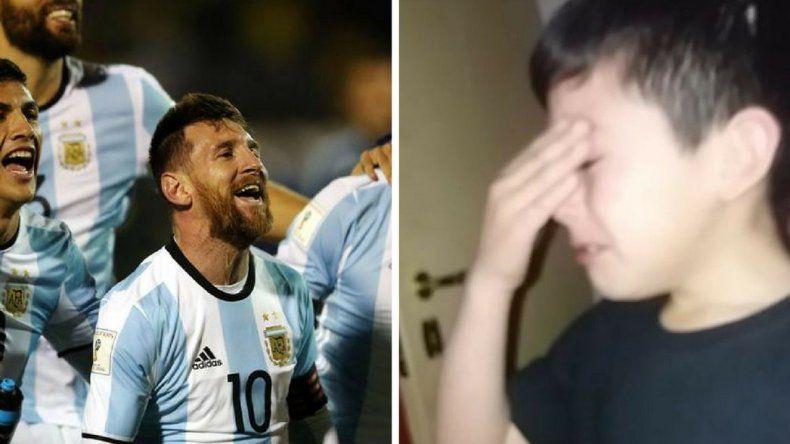 La emoción de un nene comodorense por la victoria Argentina