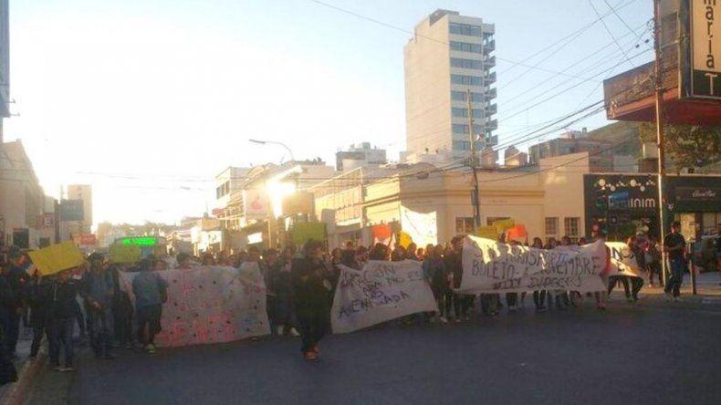 Más de doscientas personas se movilizaron para exigir la continuidad del TEG