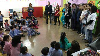 Cincuenta alumnos del Jardín 421 participaron ayer del Programa de Salud Bucal municipal.